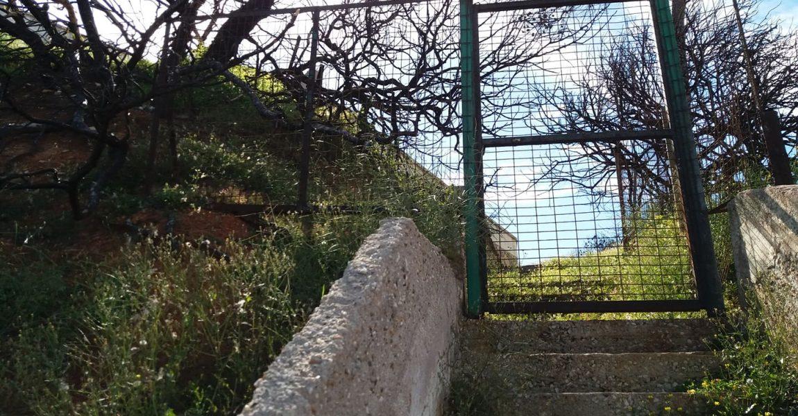 Επίσκεψη της Ανυπότακτης Αττικής στο Μάτι και τη Ραφήνα