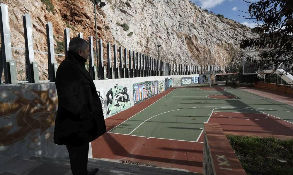 Η Περιφέρεια Αττικής βάζει λουκέτο στην ελεύθερη άθληση στο Αττικό Άλσος